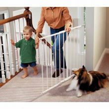 "Safeway Wall Mounted Pet Gate (Color: White, Size: 24.75"" - 43.5"" x 30.5"")"