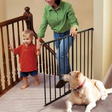 "Safeway Wall Mounted Pet Gate (Color: Black, Size: 24.75"" - 43.5"" x 30.5"")"