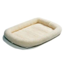 "Quiet Time Fleece Dog Crate Bed (Color: White, Size: 18"" x 12"")"