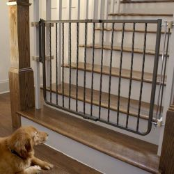 "Wrought Iron Decor Hardware Mounted Pet Gate (Color: Bronze, Size: 27"" - 42.5"" x 29.5"")"